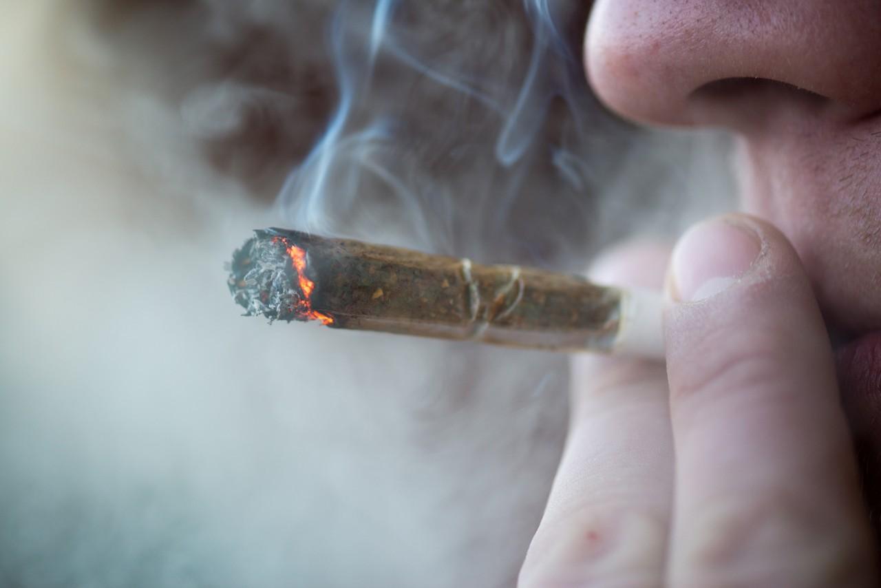 Indiai dohányzó drog